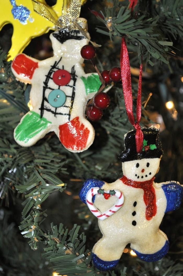 basteln mit salzteig lustige weihnachtsbaumanhänger