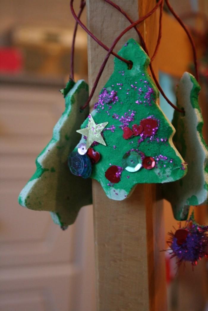 basteln mit salzteig tannenbaum dekoriert
