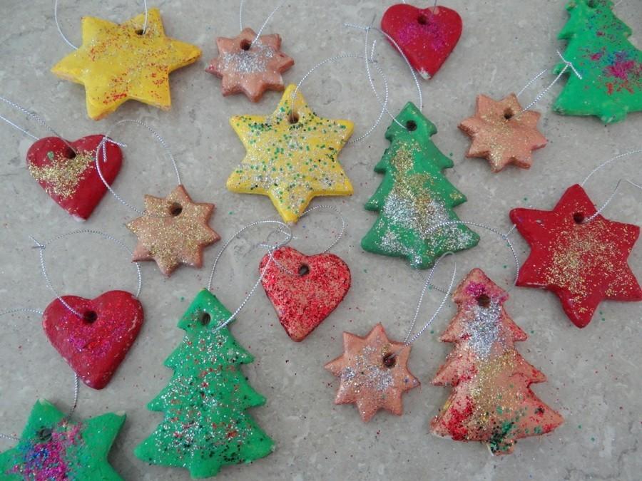 basteln mit salzteig tannenbaum unterschiedliche farben