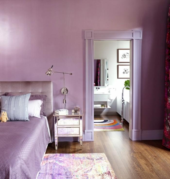 die farbe lila lavendel nuancen farbiger teppich