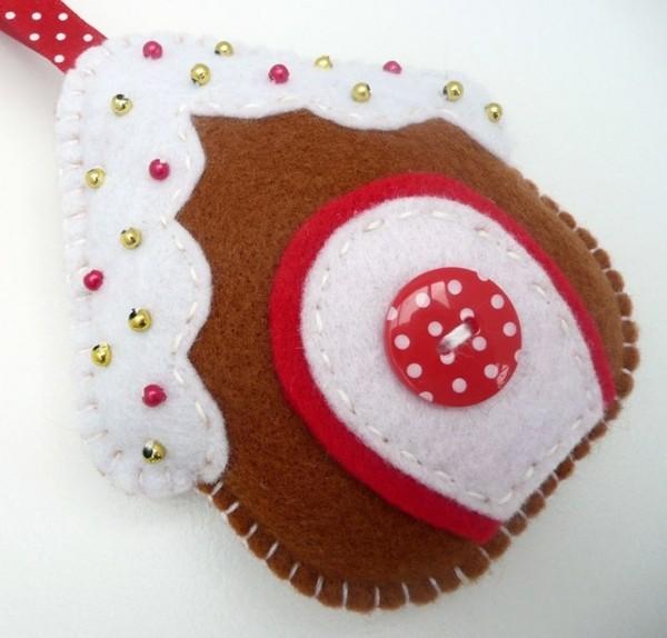 filz weihnachtsdeko selber basteln pailletten knöpfe