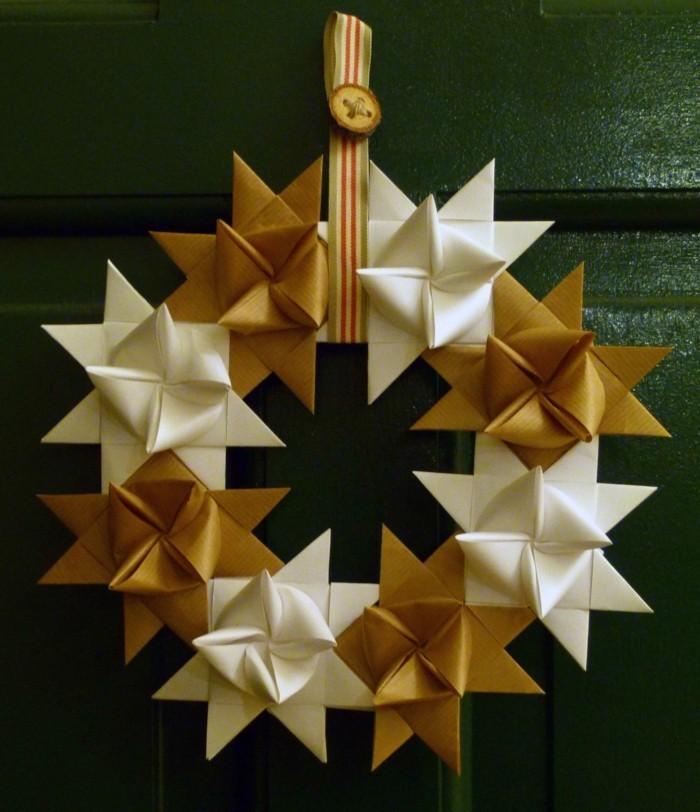 fröbelstern basteln türkranz selber machen als weihnachtsdeko