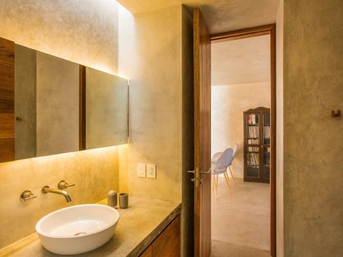 Fugenloses Bad hat gewisse Vorteile und moderne Vision