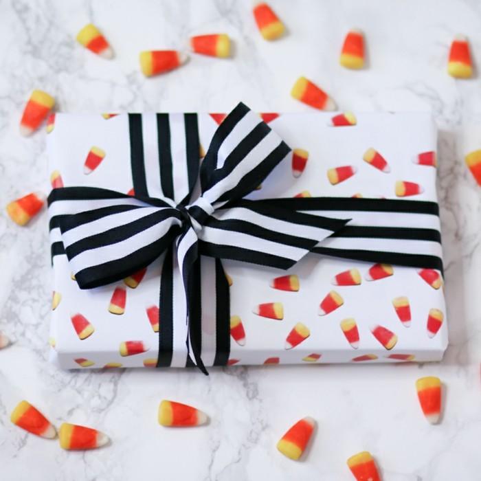 59 diy ideen wie man geschenkpapier f r weihnachten. Black Bedroom Furniture Sets. Home Design Ideas