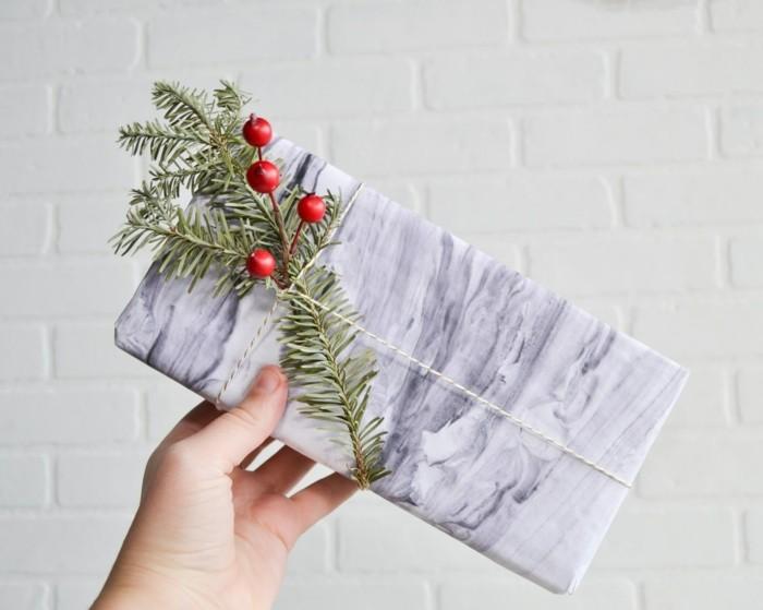 geschenkpapier weihnachten diy ideen farbverlauf