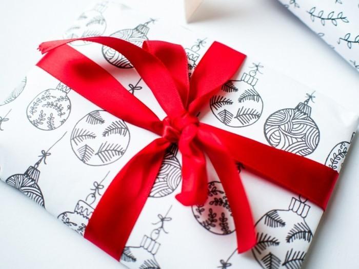 geschenkpapier weihnachten diy ideen selbst gemalt