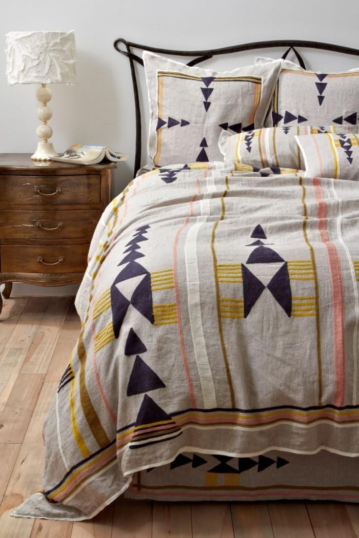 wer gesund schlafen m chte muss auf die richtigen. Black Bedroom Furniture Sets. Home Design Ideas