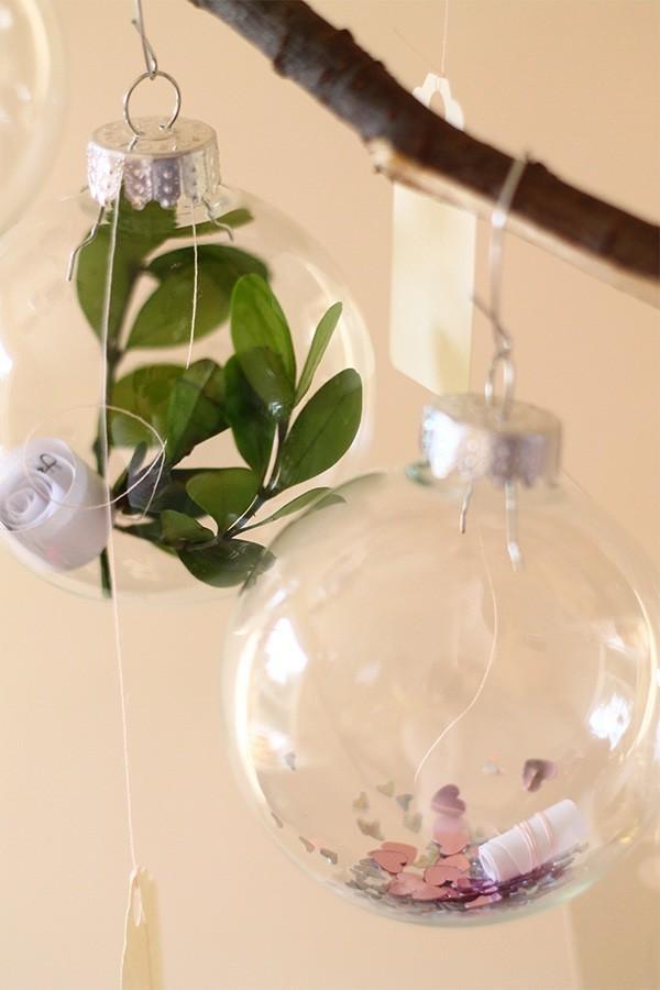 glaskugeln mit ganen der natur weihnachten ideen