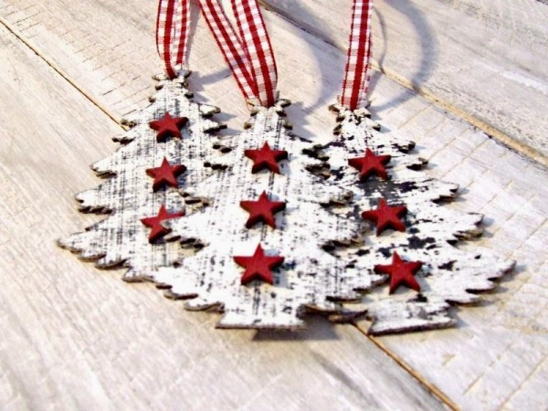 holz weihnachtsdeko selber basteln christbäume