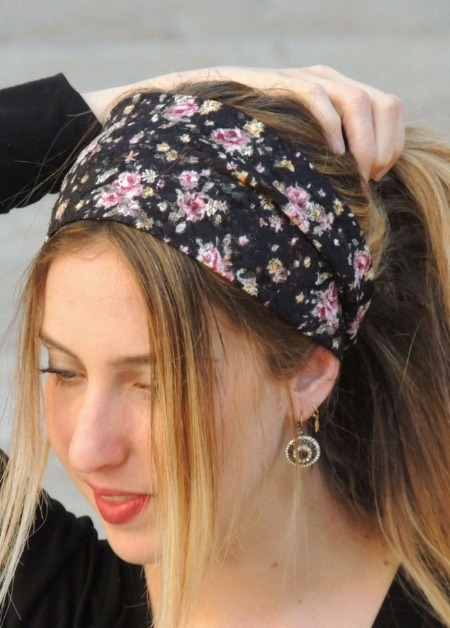 Einen Fröhlichen Winter Erreichen Sie Durch Frisuren Mit Haarband