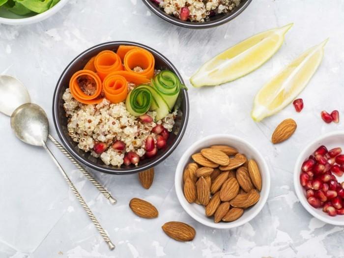nahrungsergänzungsmittel gesundes essen chia samen gemüse mandel granatäpfel