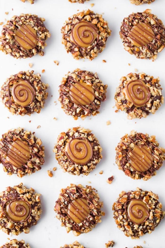 runde karamell kekse backen als weihnachtsdessert