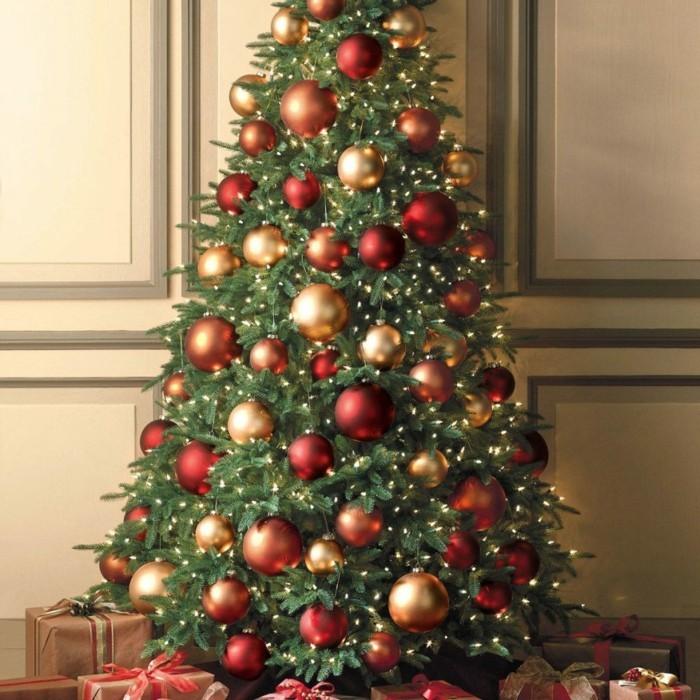 Tannenbaum Schmuecken Deko Ideen Weihnachtsschmuck Gold Rot