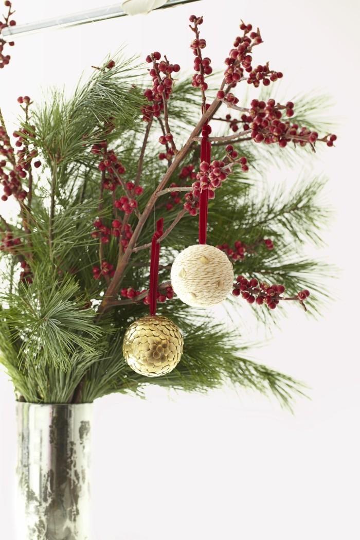 tannenbaum schmuecken deko ideen weihnachtsschmuck natuerlich