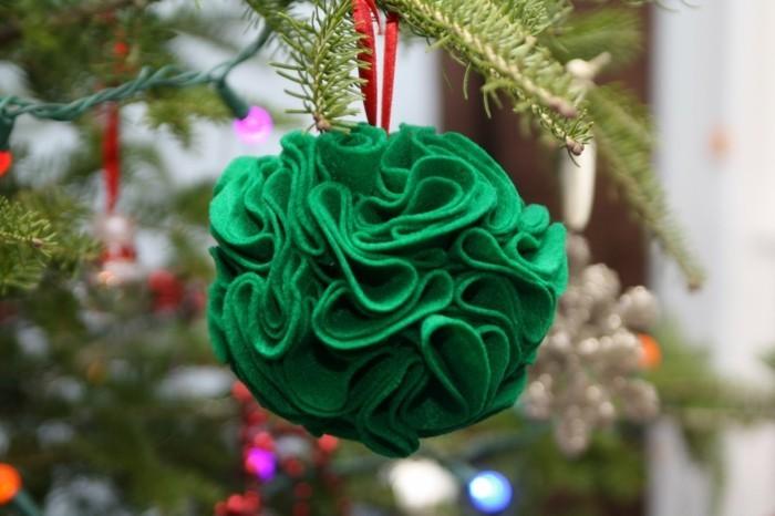 tannenbaum schmuecken deko ideen weihnachtsschmuck ornament