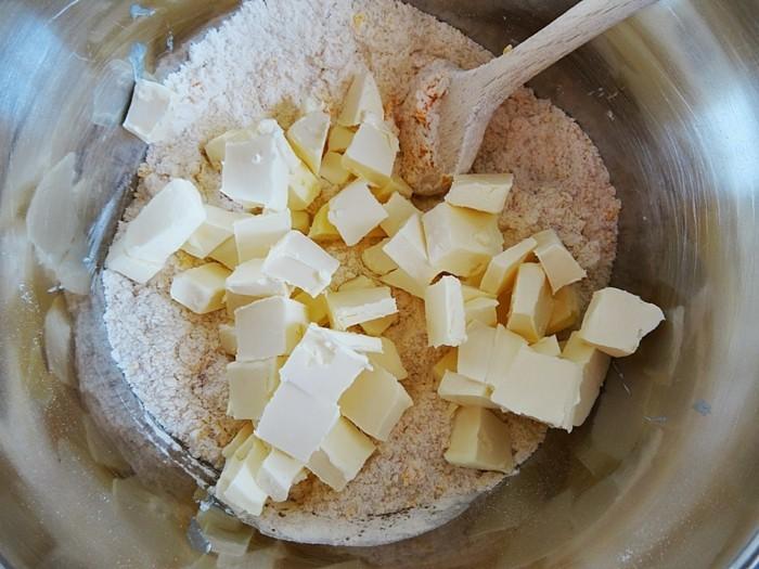 teig für vegane plätzchen zubereiten