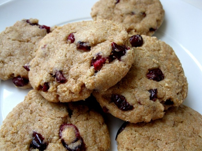 vegan backen einfache kekse mit cranberries