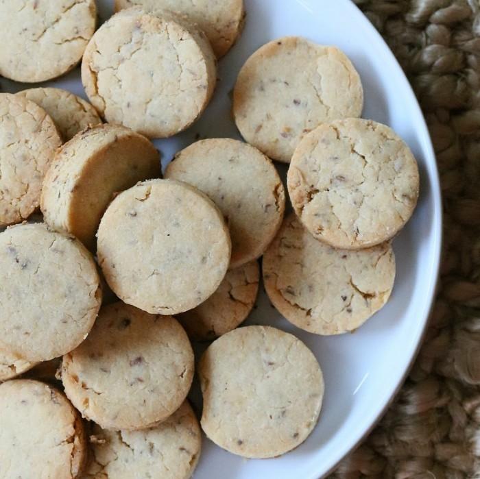 vegan backen einfache kekse runde taler