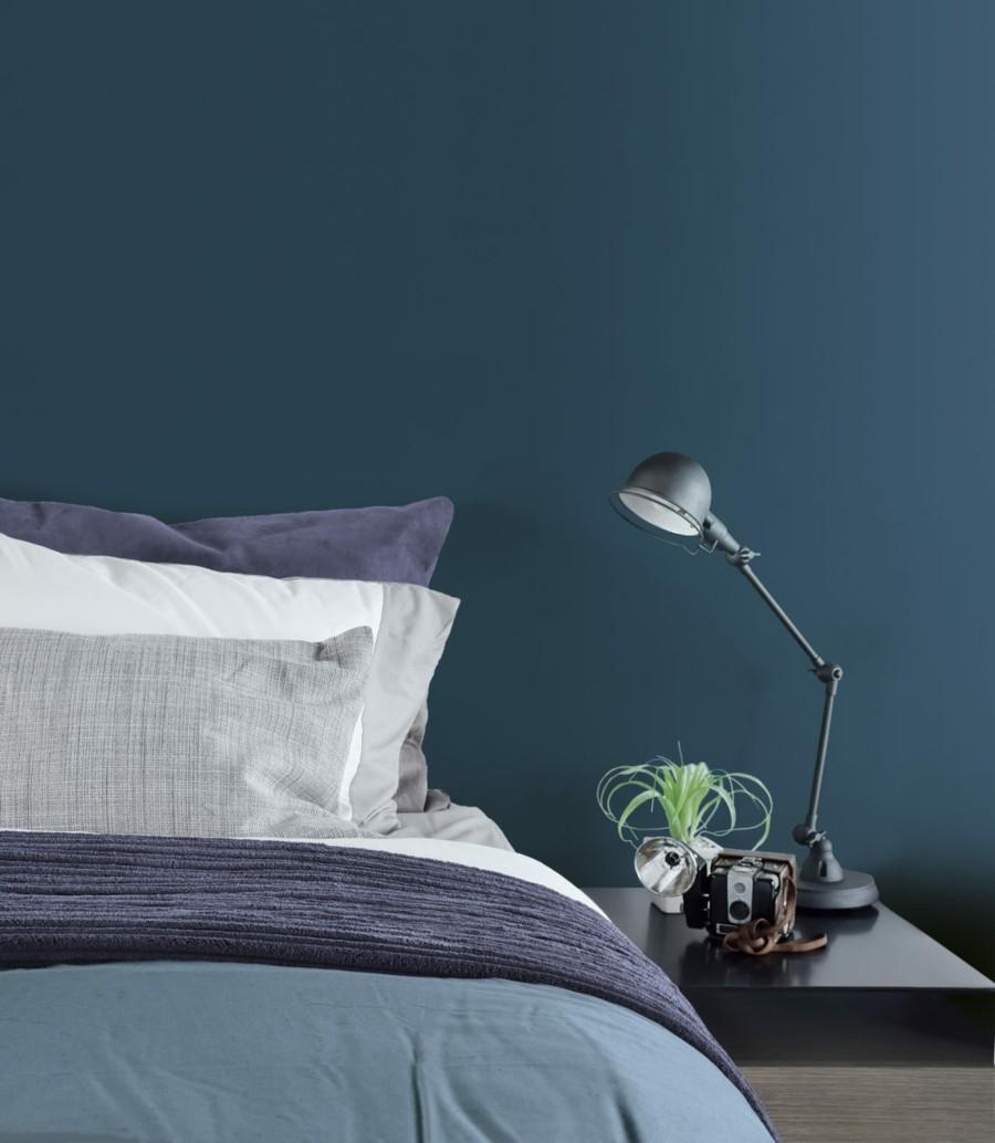 wandfarbe petrol schlafzimmer kalte farbtöne