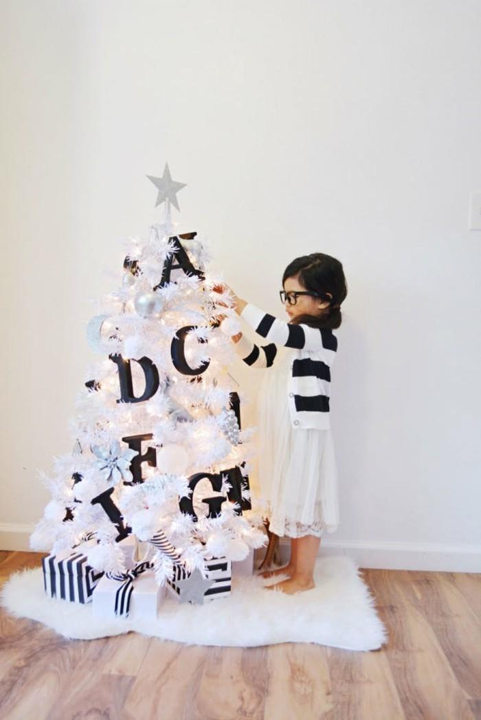 weihnachten schwarz wei stimmung definiert man nicht immer nach farbe. Black Bedroom Furniture Sets. Home Design Ideas