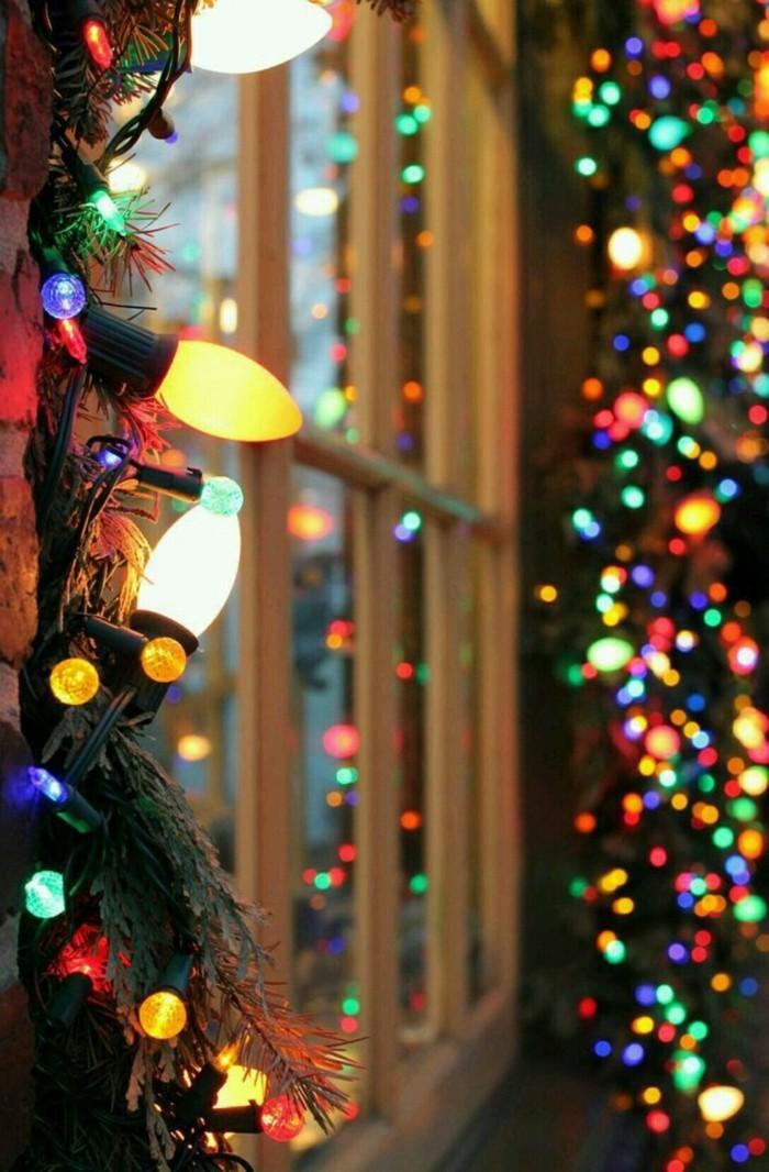 weihnachtsdeko fenster lichterketten tannenäste