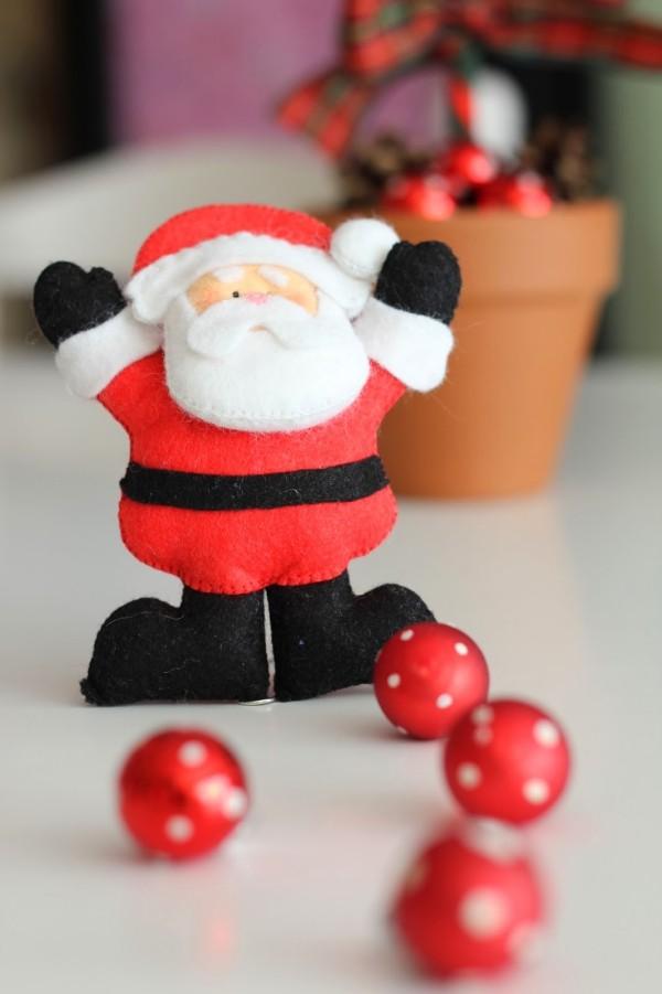 weihnachtsdeko selber basteln filz weihnachtsmann selber machen