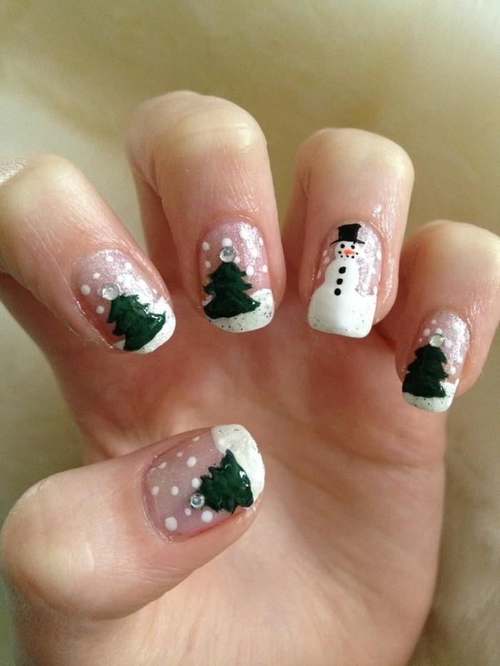 weihnachtsnägel grüner tannenbaum schnee