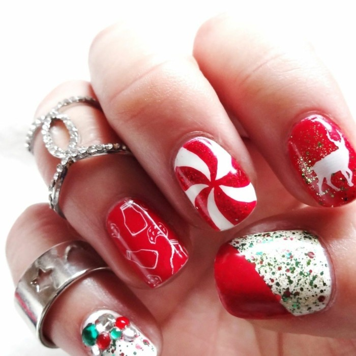 weihnachtsnägel typsche festliche farben