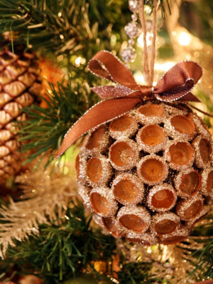 weihnachtsschmuckbasteln mit naturmaterialien eichel