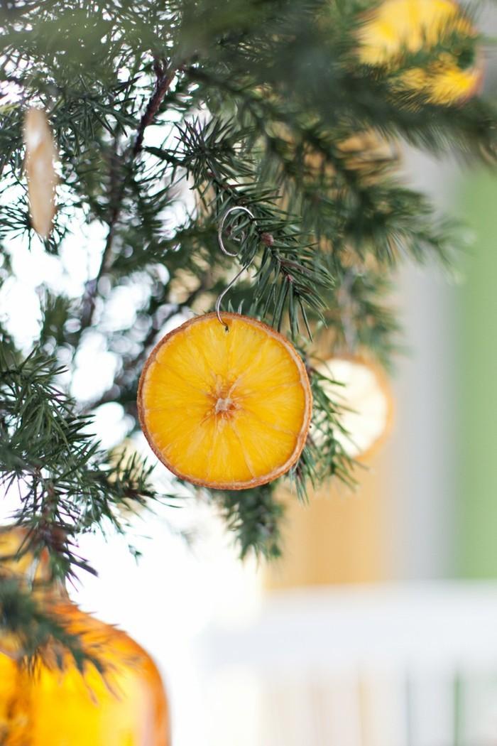 weihnachtsschmuckbasteln mit naturmaterialien orange mit zimt weihnachtsdekoration mit orangenscheiben
