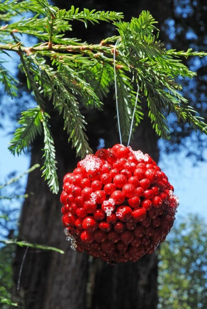 weihnachtsschmuck basteln mit naturmaterialien weihnachtskekse rote beeren