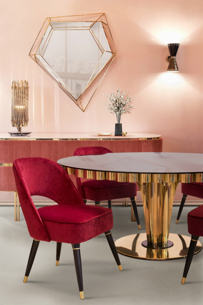 Bordeaux Farbe Stuhl