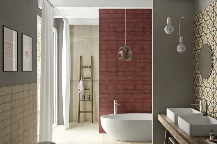 Bordeaux Farbe Wandfarbe badewanne