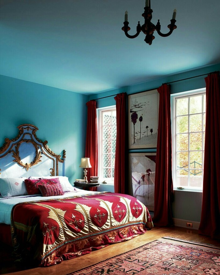 Bordeaux Farbe Wandfarbe blau gruen