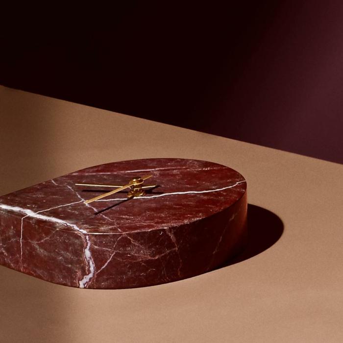 Bordeaux Farbe marmor wanuhr