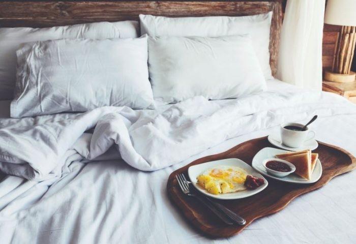Frühstück im Bett guten Morgen
