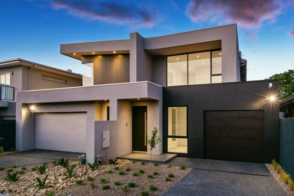 Granitplatten moderne Häuser bauen aufgebrochen durch Glas