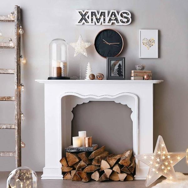 Kaminkonsole weihnachtlich dekorieren tolle optionen stehen zur verf gung fresh ideen f r - Leuchtende weihnachtsdeko ...