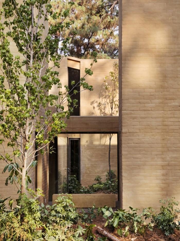 Moderne Häuser bauen Innenhof
