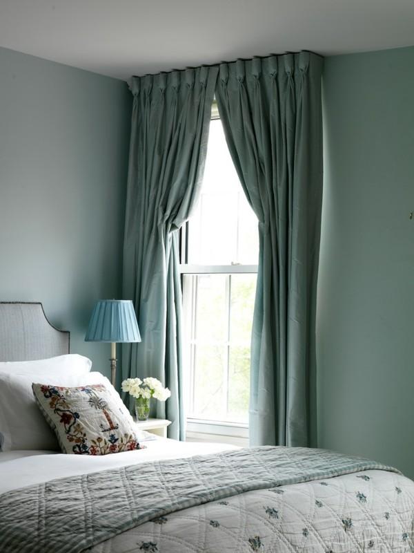 Pastellgrün Wohnideen Gardinen am tollen Fenster