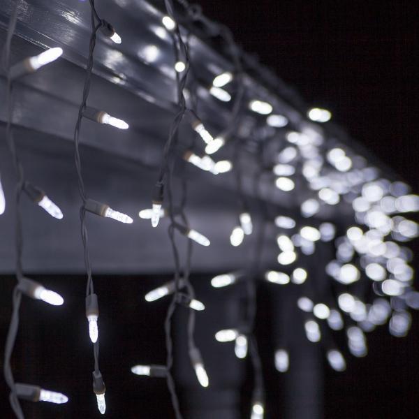 Weihnachtsbeleuchtung draußen