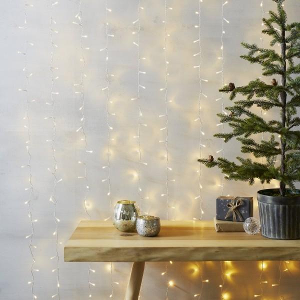 Weihnachtsbeleuchtung minimalistischer Stil