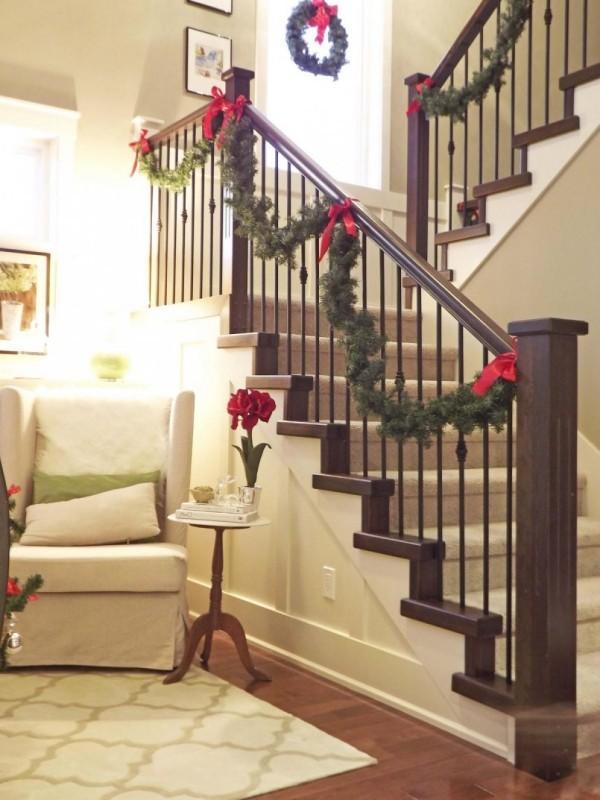 Weihnachtskranz schöne Deko Treppenhaus