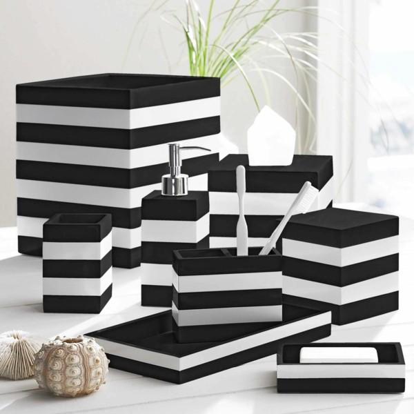 badezimmer ideen streifen schwarz weiß