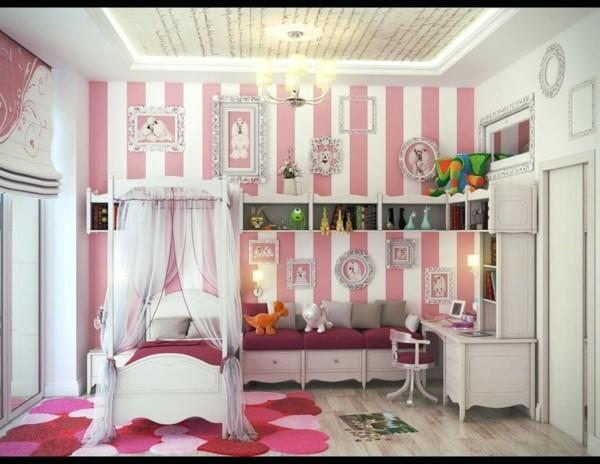 baldachin kinderzimmer mädchen rosa teppich herzen streifentapete