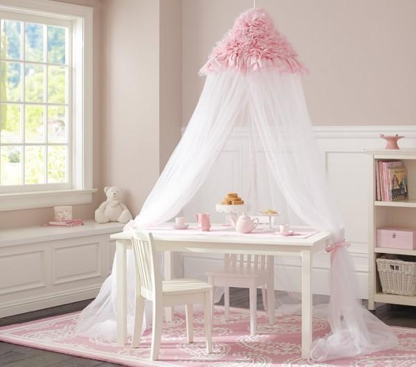 baldachin kinderzimmer mädchenzimmer tisch mit baldachin
