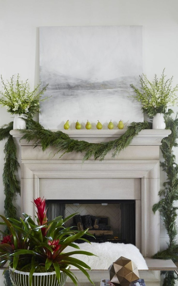 grüne weihnachtskamin dekorieren deko girlande