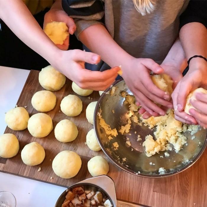 heiligabend essen rezepte kartoffelkloesse