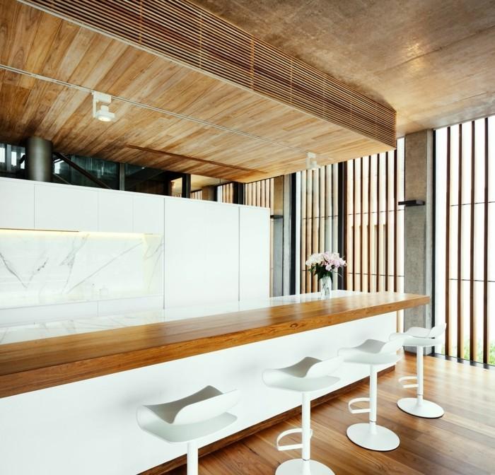 holzverkleidung küche weiß holz kombinieren elegant funktional
