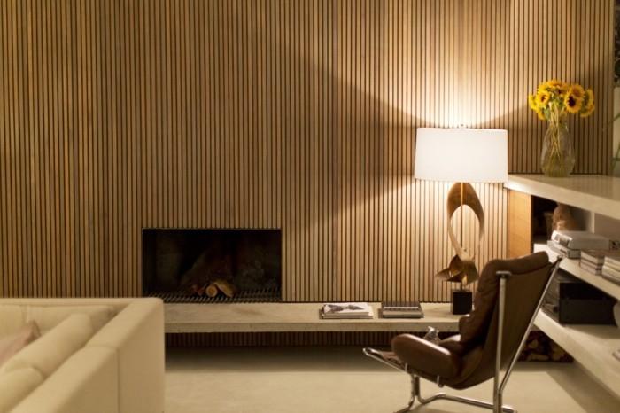 holzverkleidung modernes wanddesign wohnzimmer kamin